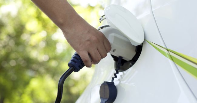 I benefici delle auto elettriche ed i miti da sfatare